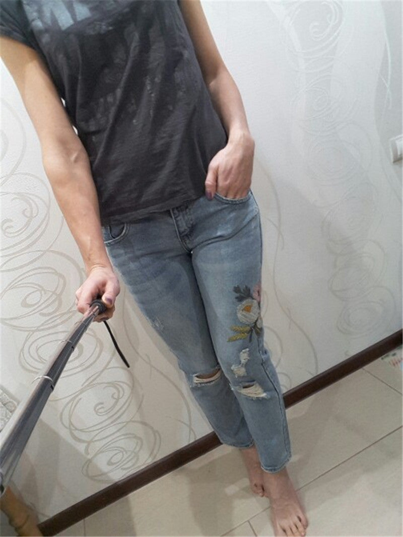 CL1 Flower Embroidered Jeans