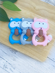 Raccoon silicone teether with clip