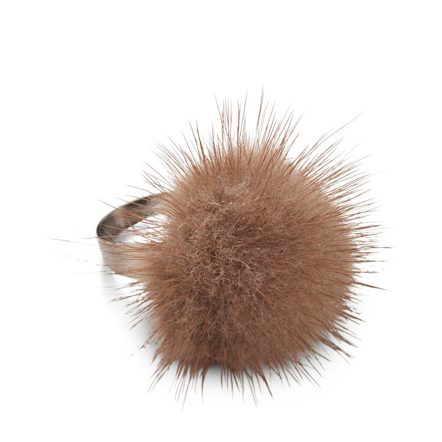 Ring Pom Pom of Mink