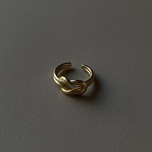 Load image into Gallery viewer, Adjustable Gold Knot Ring