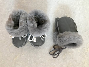 Childrens Sheepskin & Suede Mittens on String