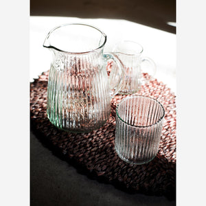 Drinking Glass with Striped Grooves