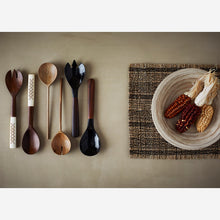 Load image into Gallery viewer, Pair of Wooden Salad Servers