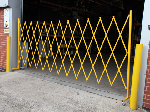 Large Expandable Safety Barrier