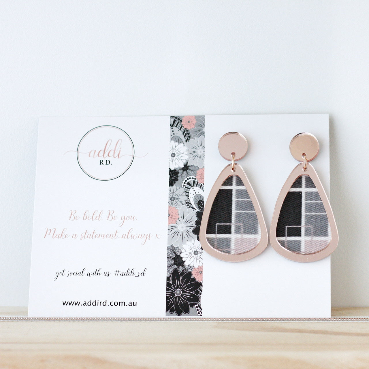 Rose Gold Pastel Grid Teardrops