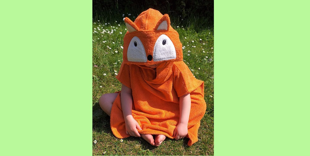 Organic cotton hooded towelling poncho fox