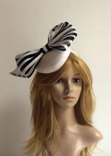 """Marlette"" Black and White Fascinator"