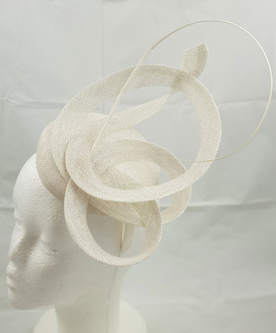 Image of Moya White Fascinator