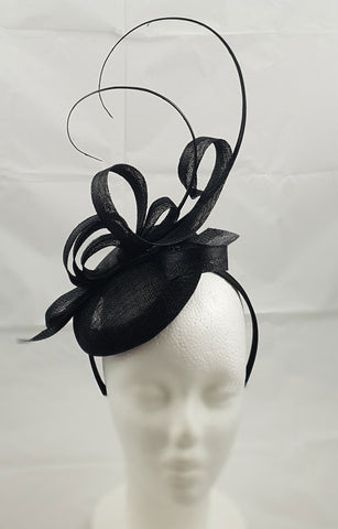Sara Black Fascinator