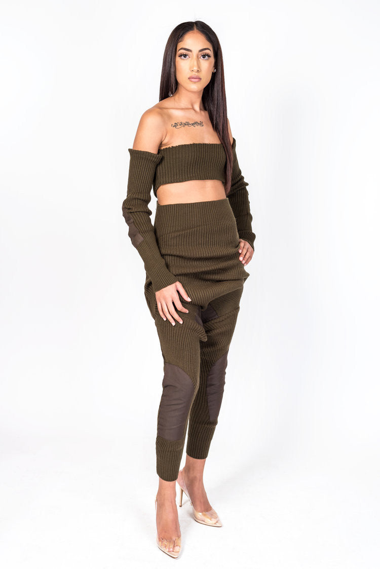 86d3bd660e8009 Brown Knit Collection Shoulderless Crop – PluggedNYC