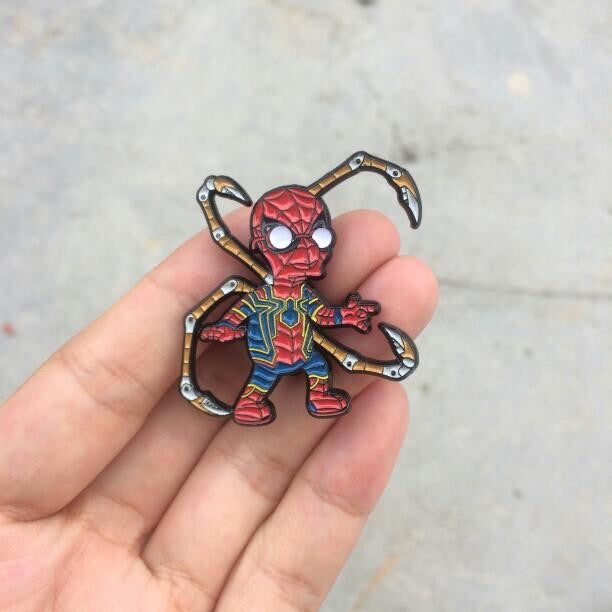 Iron Spider Van Springfield Endgame Pin Badge