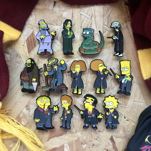 Hogfield Pin Badge Set