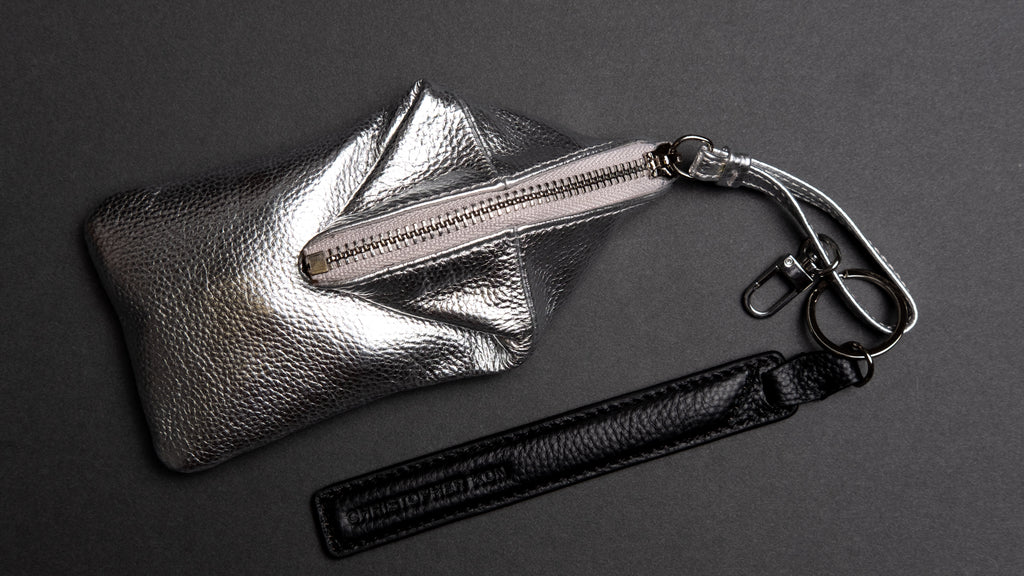 TAKU - Key Chain in Silver