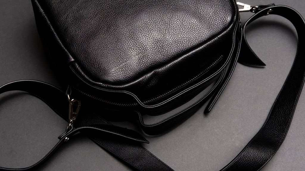 CYBELE - Crossbody in Black