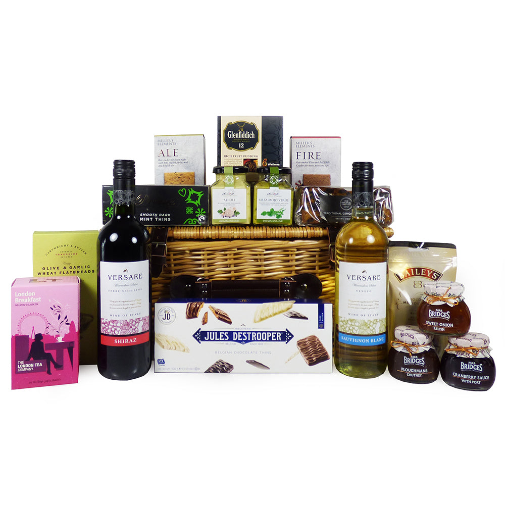 Versare Wine and Festive Favourites Christmas Food Gift Hamper