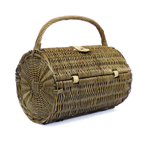 Harrington 2 Person Wicker Barrel Picnic Hamper Basket Closed
