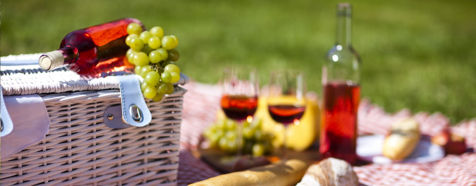 Dine Alfresco this Picnic Season