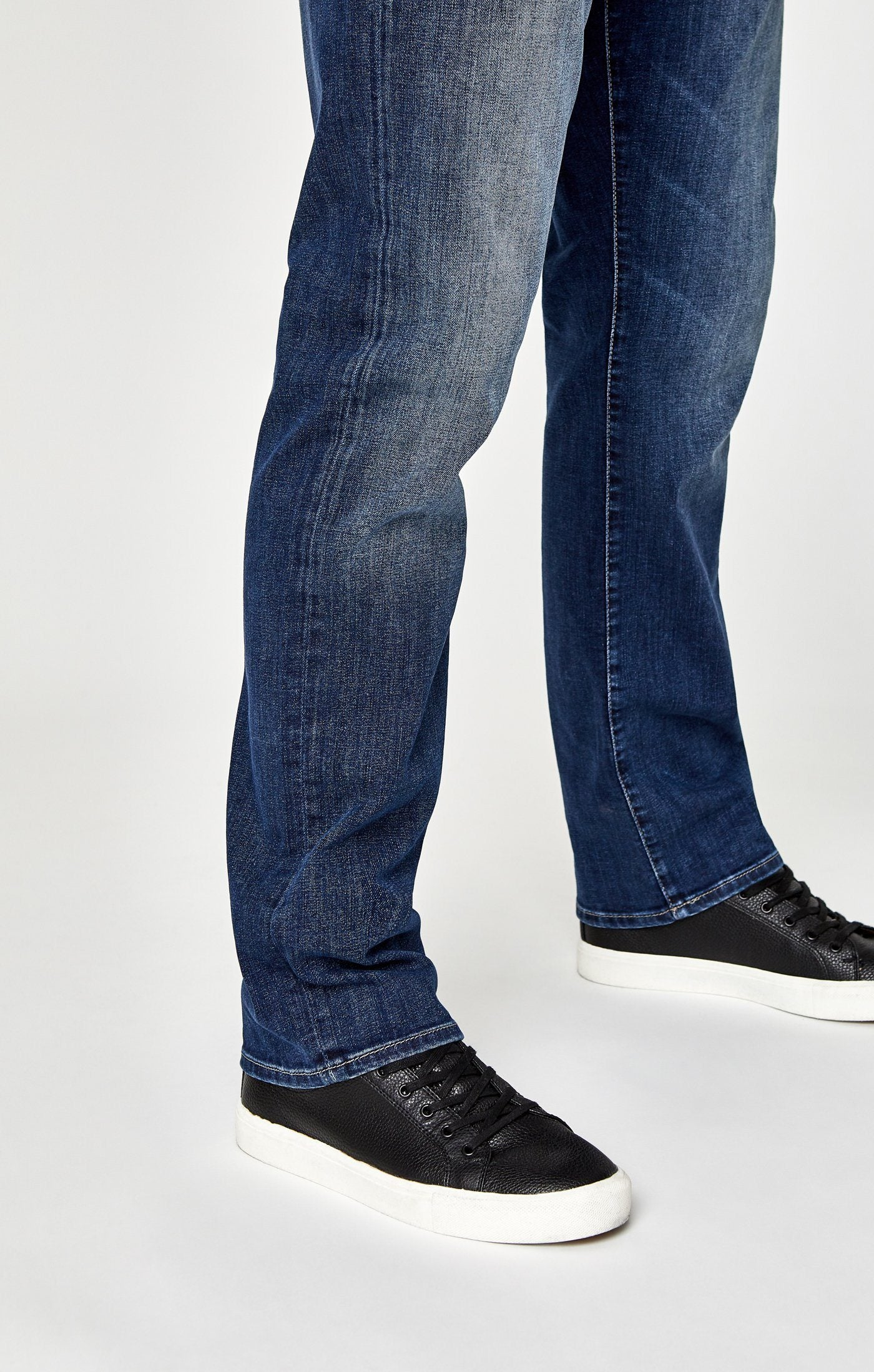 MATT RELAXED STRAIGHT LEG IN MID INDIGO COOPER Image 6