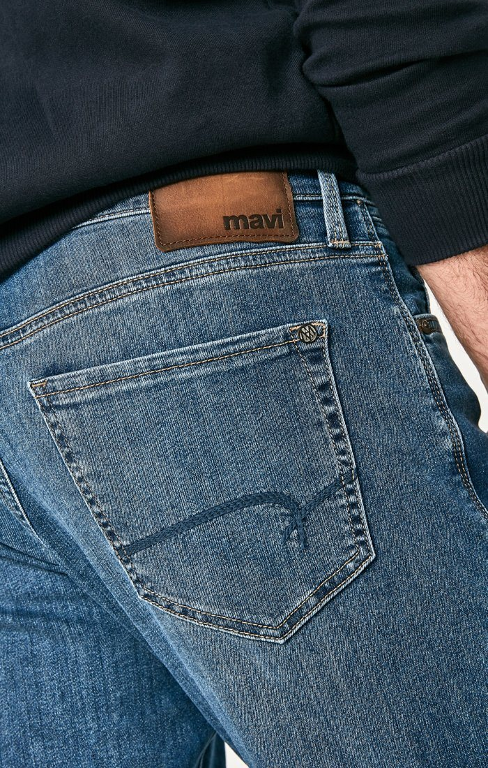 MATT RELAXED STRAIGHT LEG IN DARK INDIGO WILLIAMSBURG - Mavi Jeans