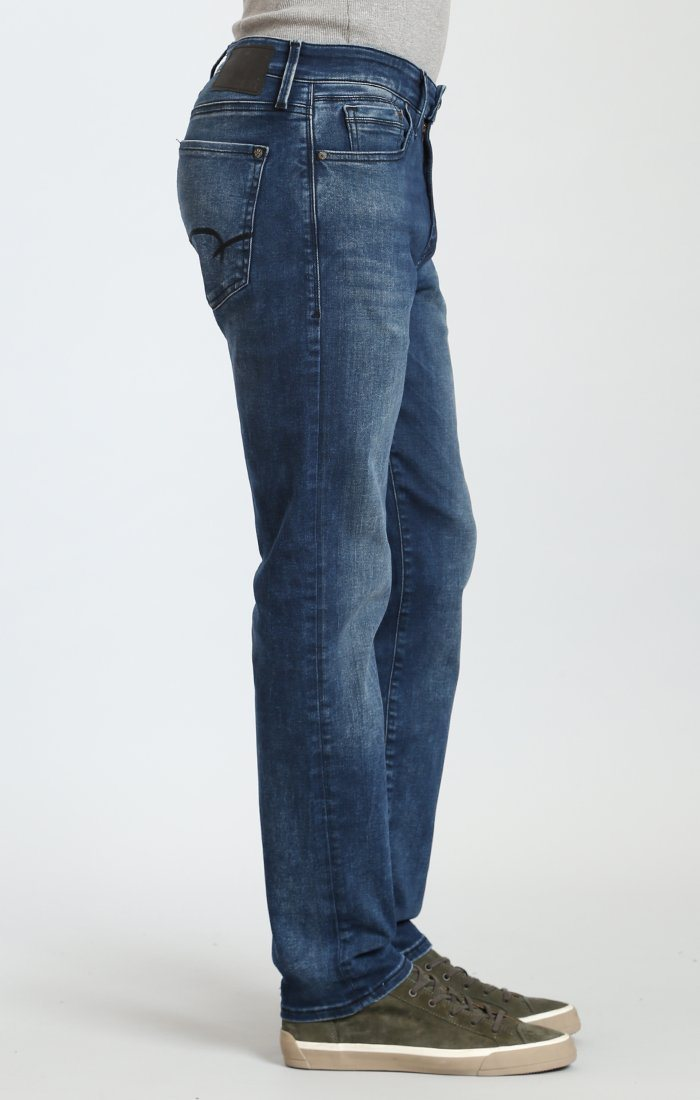 MARCUS SLIM STRAIGHT LEG IN FOREST BLUE WILLIAMSBURG - Mavi Jeans