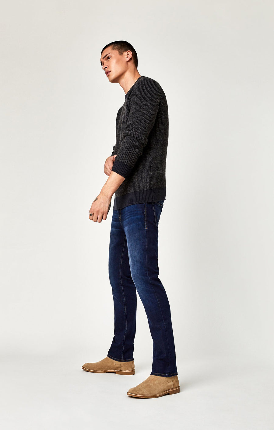 MARCUS SLIM STRAIGHT LEG IN DEEP SOFT MOVE - Mavi Jeans