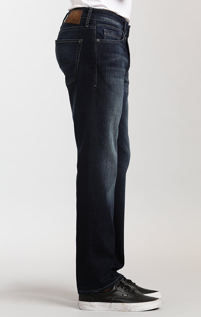 MARCUS SLIM STRAIGHT LEG IN DARK CAPITOL HILL - Mavi Jeans