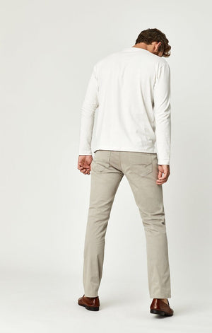 MARCUS SLIM STRAIGHT LEG IN PALOMA SATEEN TWILL - Mavi Jeans