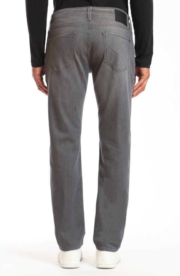 MARCUS SLIM STRAIGHT LEG IN LT GREY MANHATTAN - Mavi Jeans