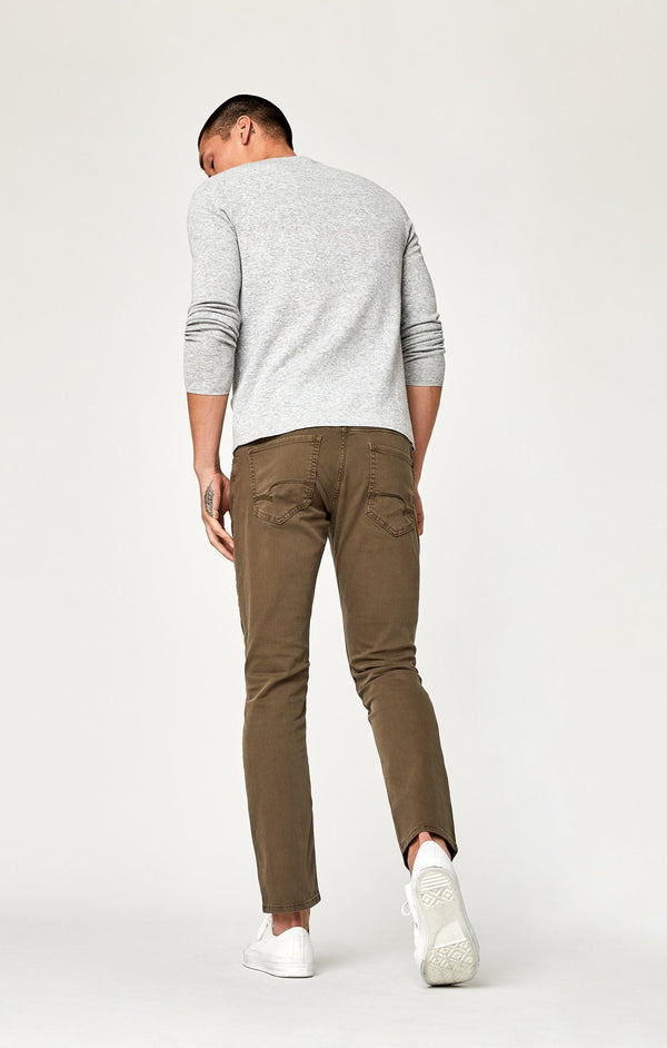 JAKE SLIM LEG IN KHAKI WASHED COMFORT - Mavi Jeans