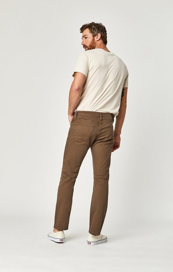 JAKE SLIM LEG IN COFFEE COMFORT - Mavi Jeans