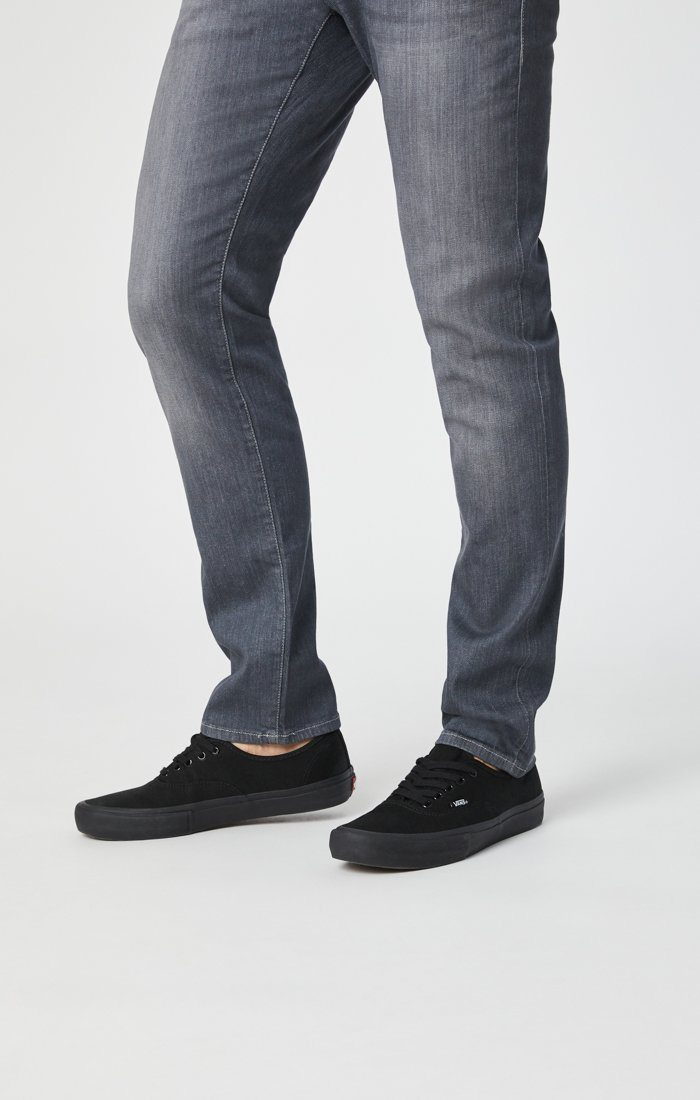 JAKE SLIM LEG IN GREY WHITE EDGE - Mavi Jeans
