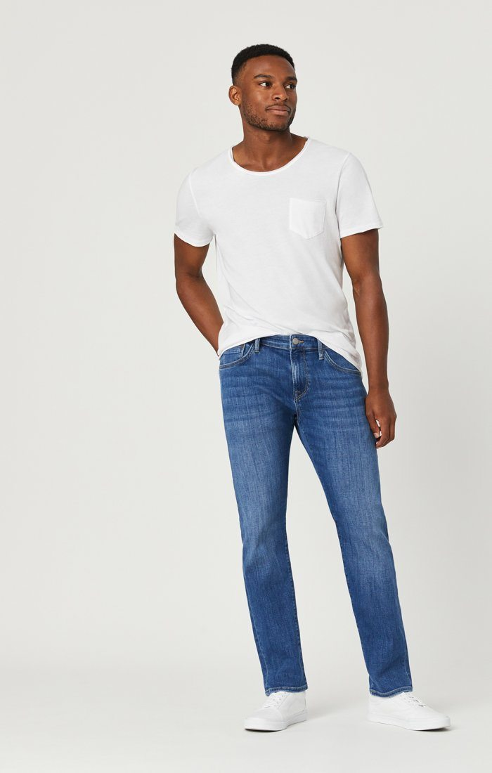 JAKE SLIM LEG JEANS IN LIGHT FEATHER BLUE Image 4