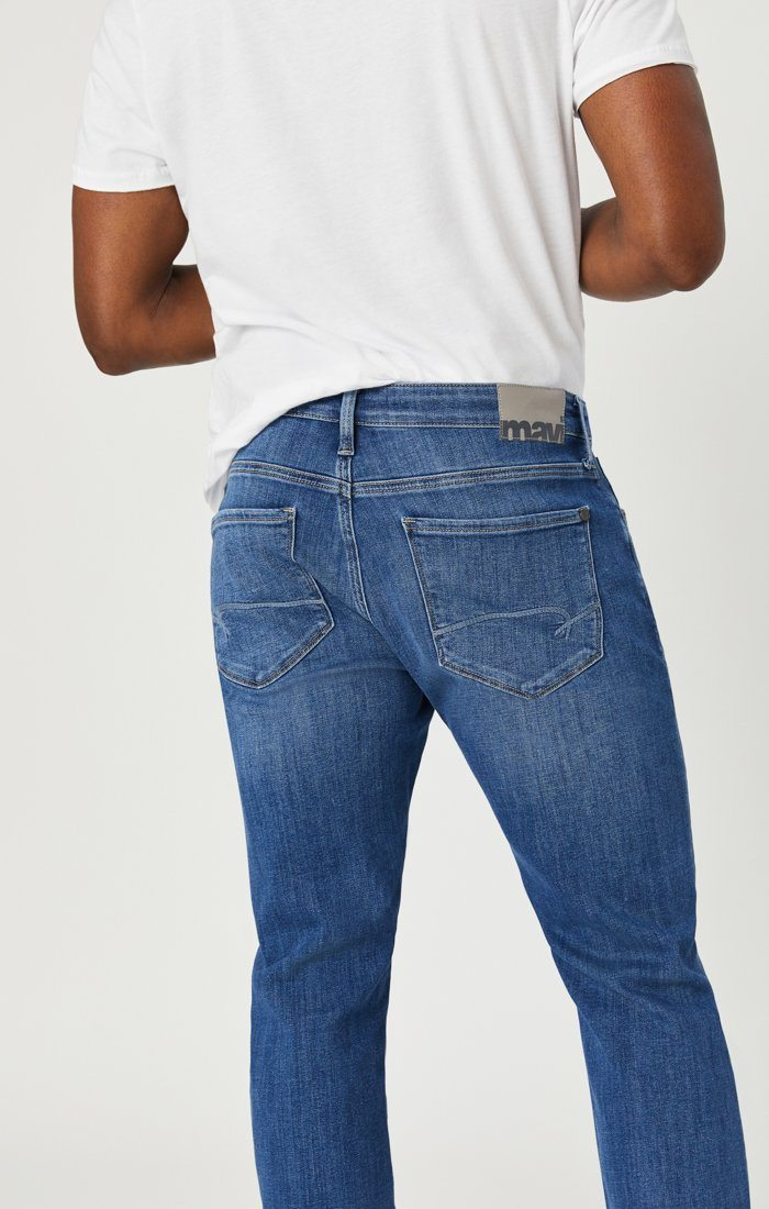 JAKE SLIM LEG JEANS IN LIGHT FEATHER BLUE Image 2