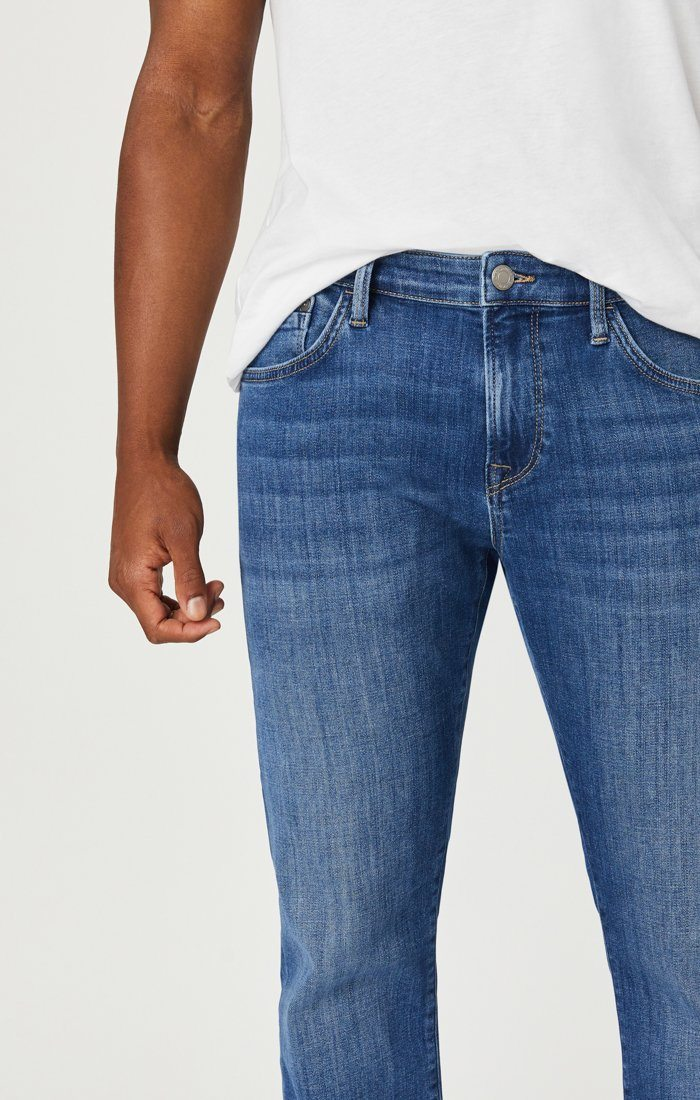 JAKE SLIM LEG JEANS IN LIGHT FEATHER BLUE Image 5