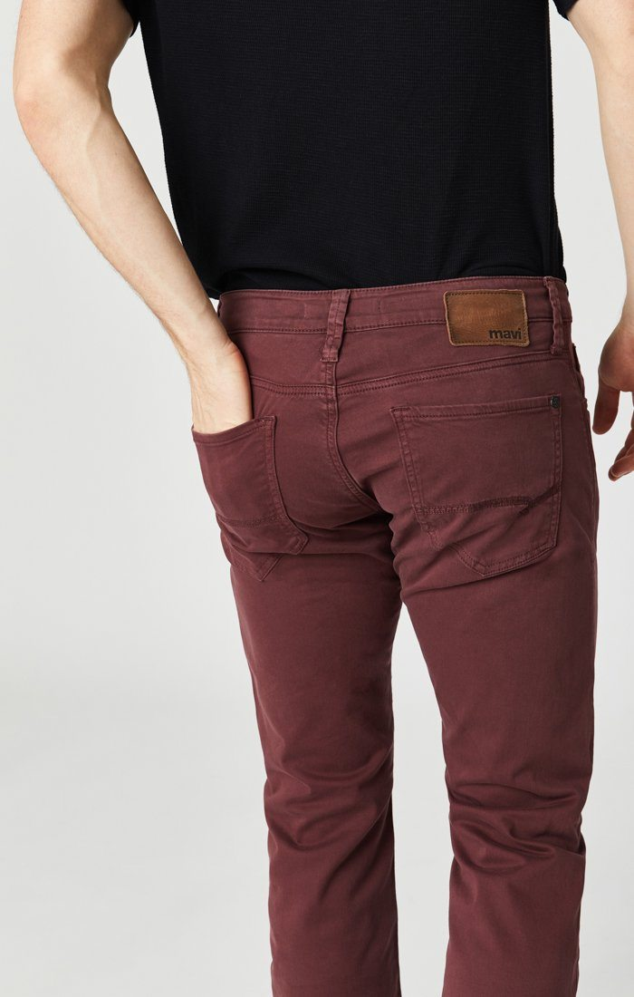 JAMES SKINNY IN DECADENT CHOCO TWILL Image 6