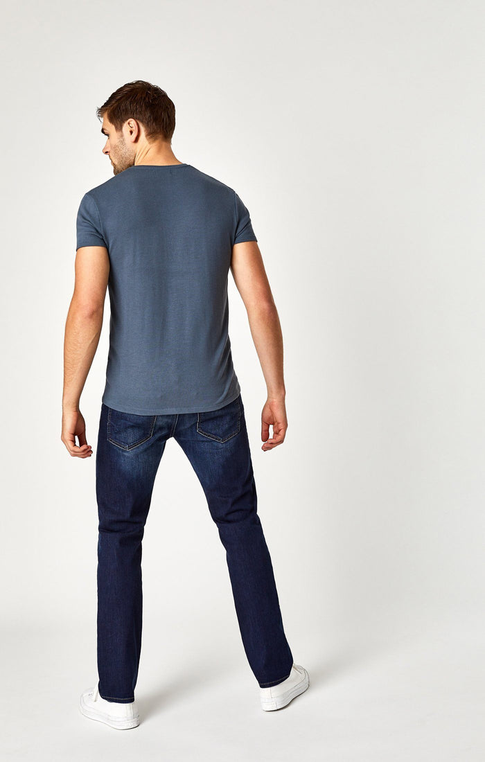 MARCUS SLIM STRAIGHT LEG IN MID TONAL WILLIAMSBURG - Mavi Jeans