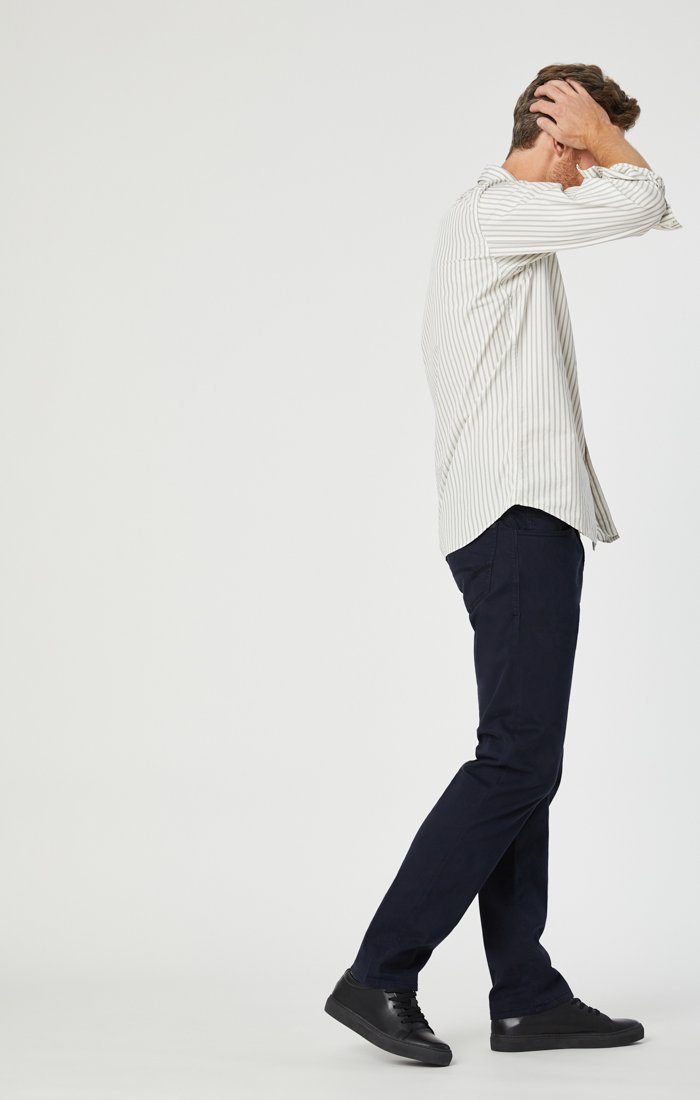 ZACH STRAIGHT LEG IN DARK NAVY TWILL - Mavi Jeans