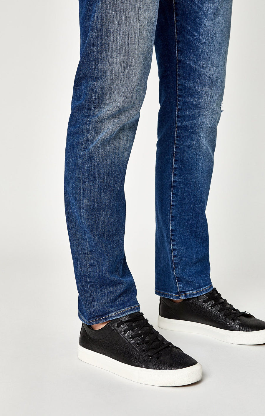 ZACH STRAIGHT LEG IN LT DESTRUCTED AUTHENTIC VINTAGE - Mavi Jeans