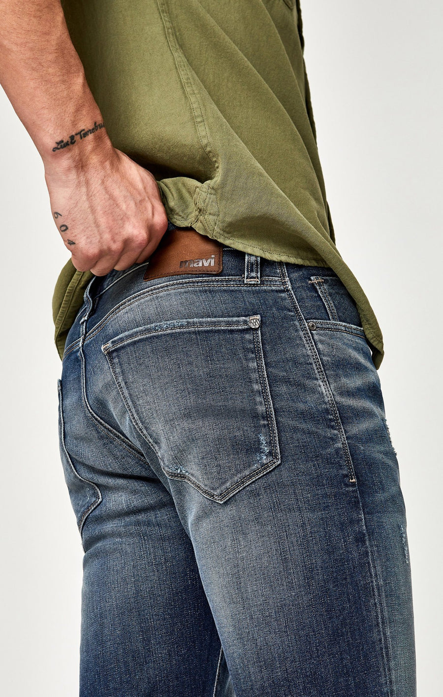 ZACH STRAIGHT LEG IN BRUSHED AUTHENTIC VINTAGE - Mavi Jeans