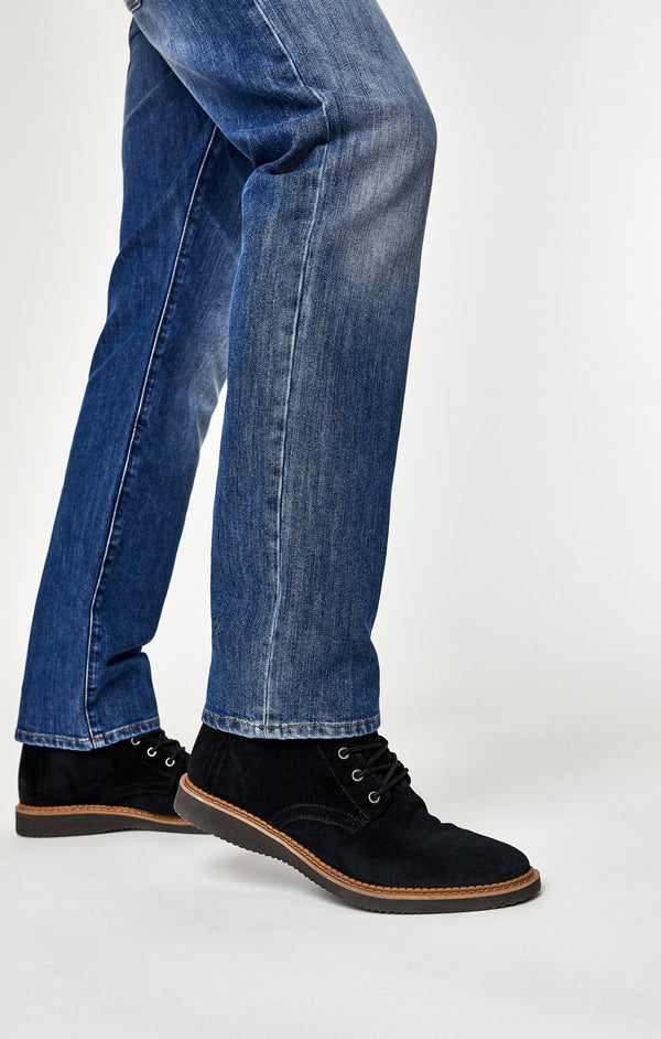 ZACH STRAIGHT LEG IN MID BRUSHED STANFORD - Mavi Jeans