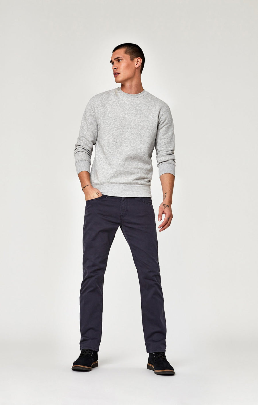 ZACH STRAIGHT LEG IN DARK BLUE TWILL - Mavi Jeans