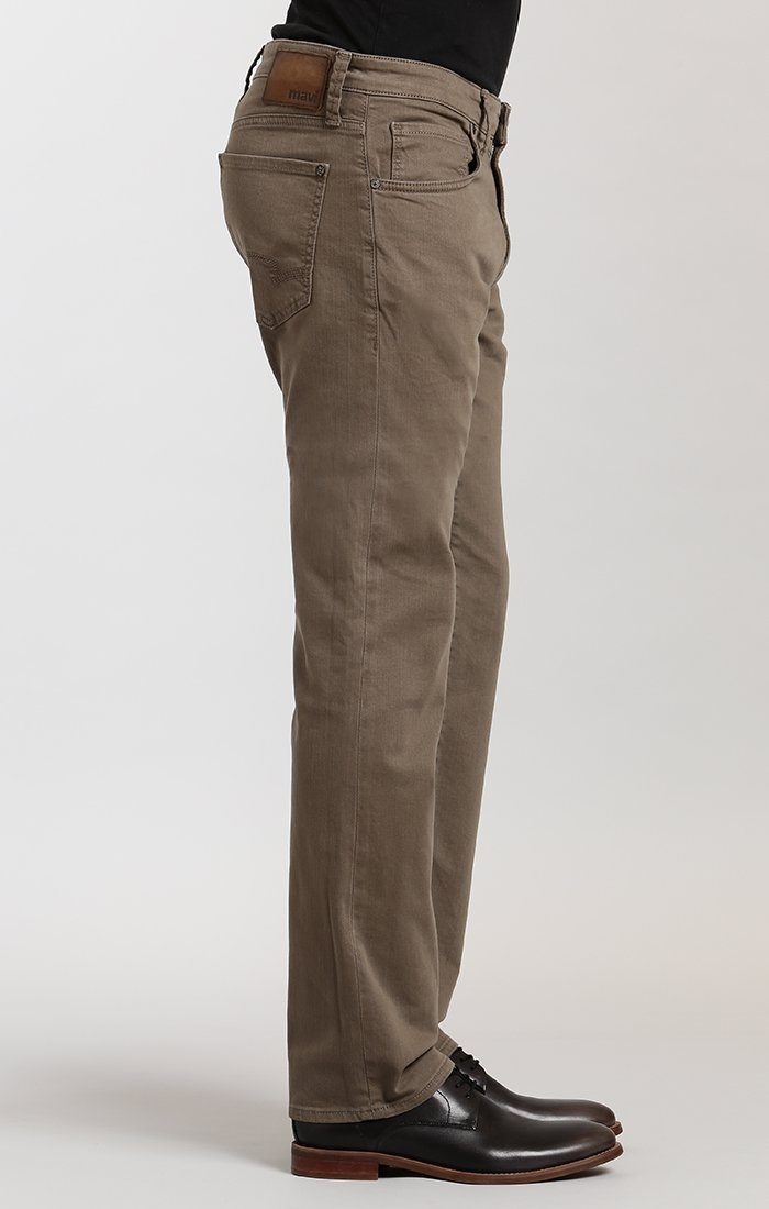 ZACH STRAIGHT LEG IN KHAKI WASHED COMFORT - Mavi Jeans