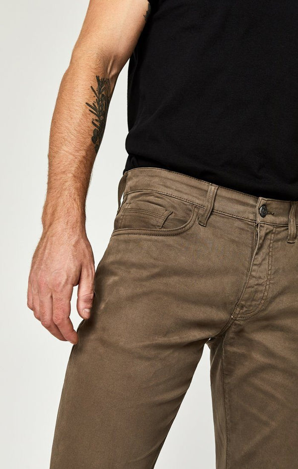 ZACH STRAIGHT LEG IN MOREL SATEEN TWILL - Mavi Jeans