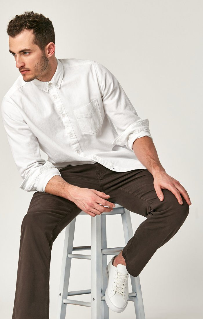 ZACH STRAIGHT LEG IN BLACK COFFEE SATEEN - Mavi Jeans