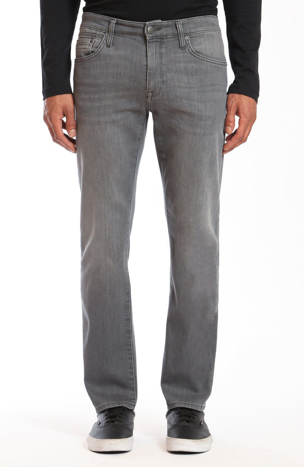 ZACH STRAIGHT LEG IN LT GREY MICHIGAN - Mavi Jeans