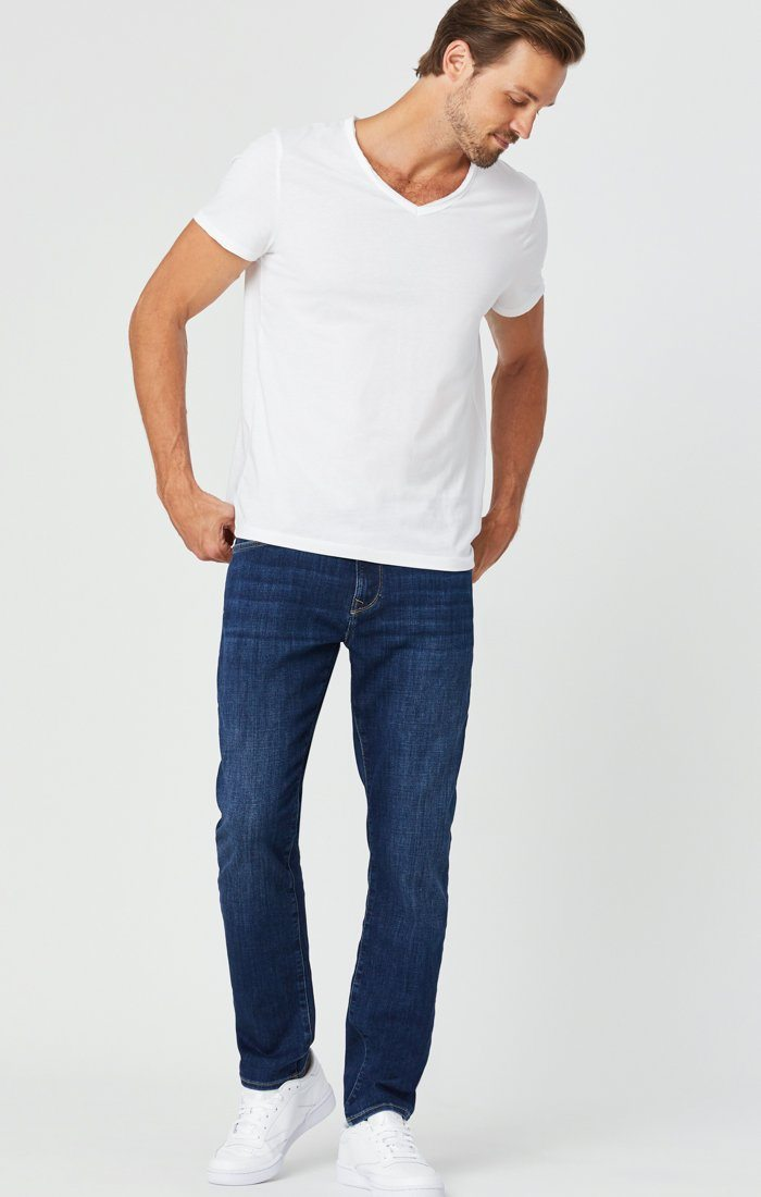 ZACH STRAIGHT LEG JEANS IN DARK FEATHER BLUE Image 5