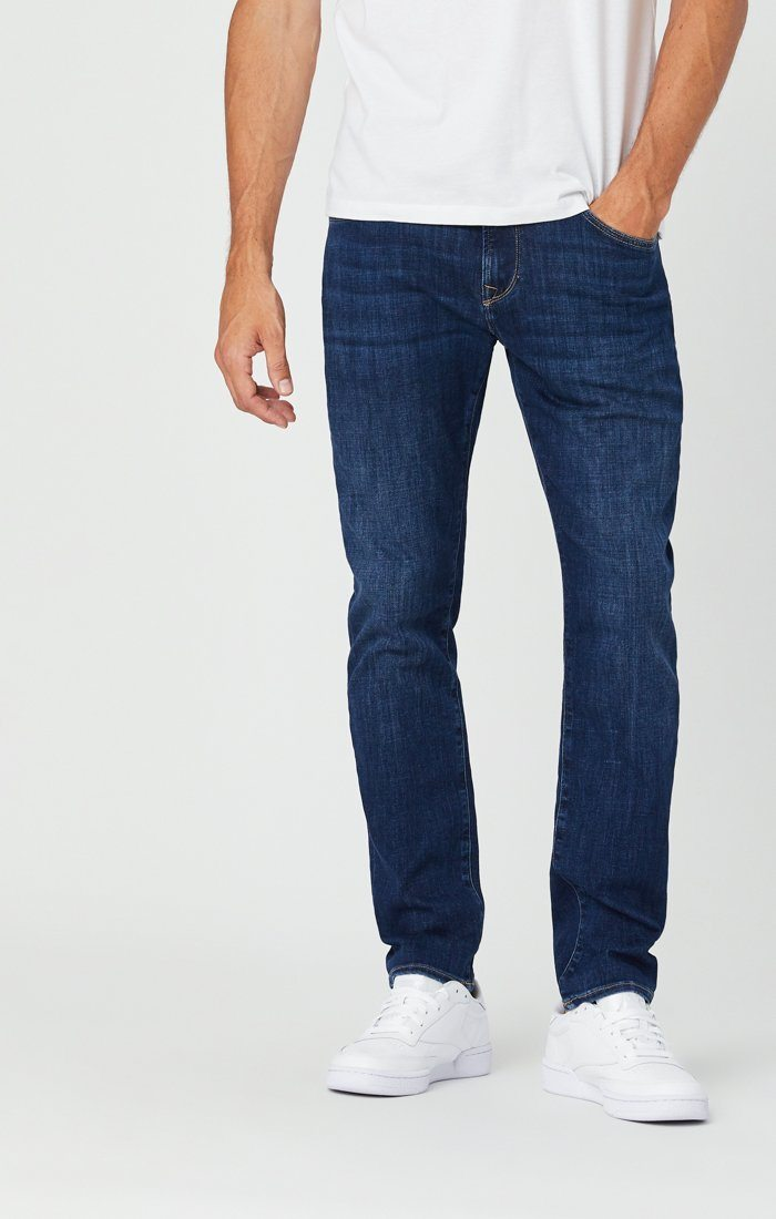 ZACH STRAIGHT LEG JEANS IN DARK FEATHER BLUE Image 4