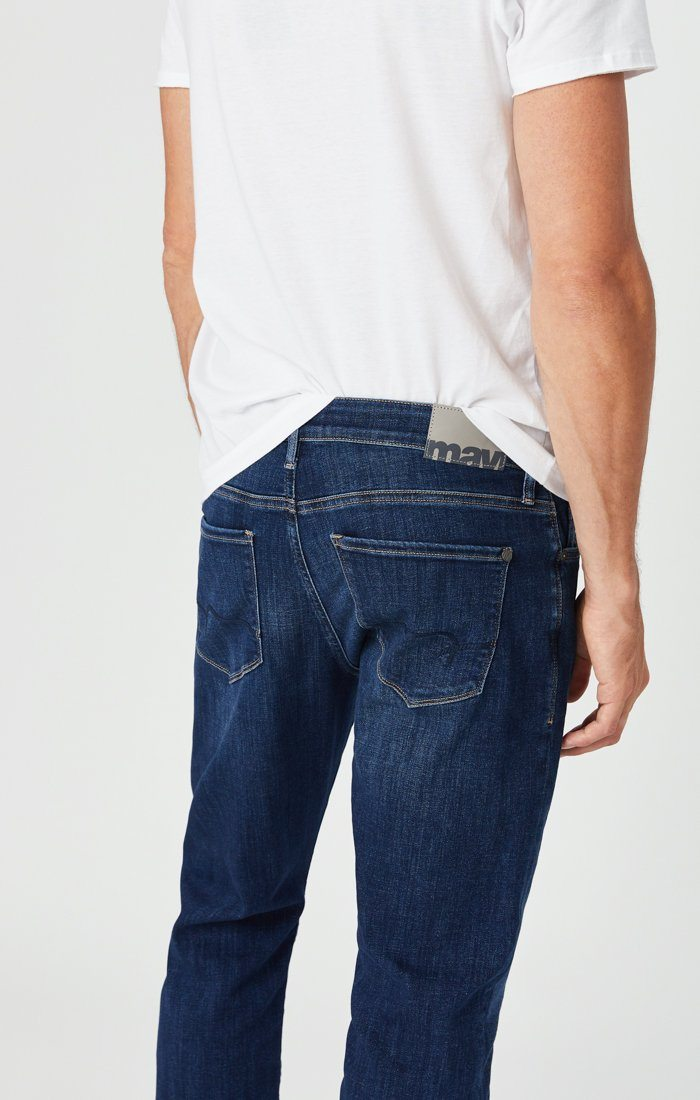 ZACH STRAIGHT LEG JEANS IN DARK FEATHER BLUE Image 6