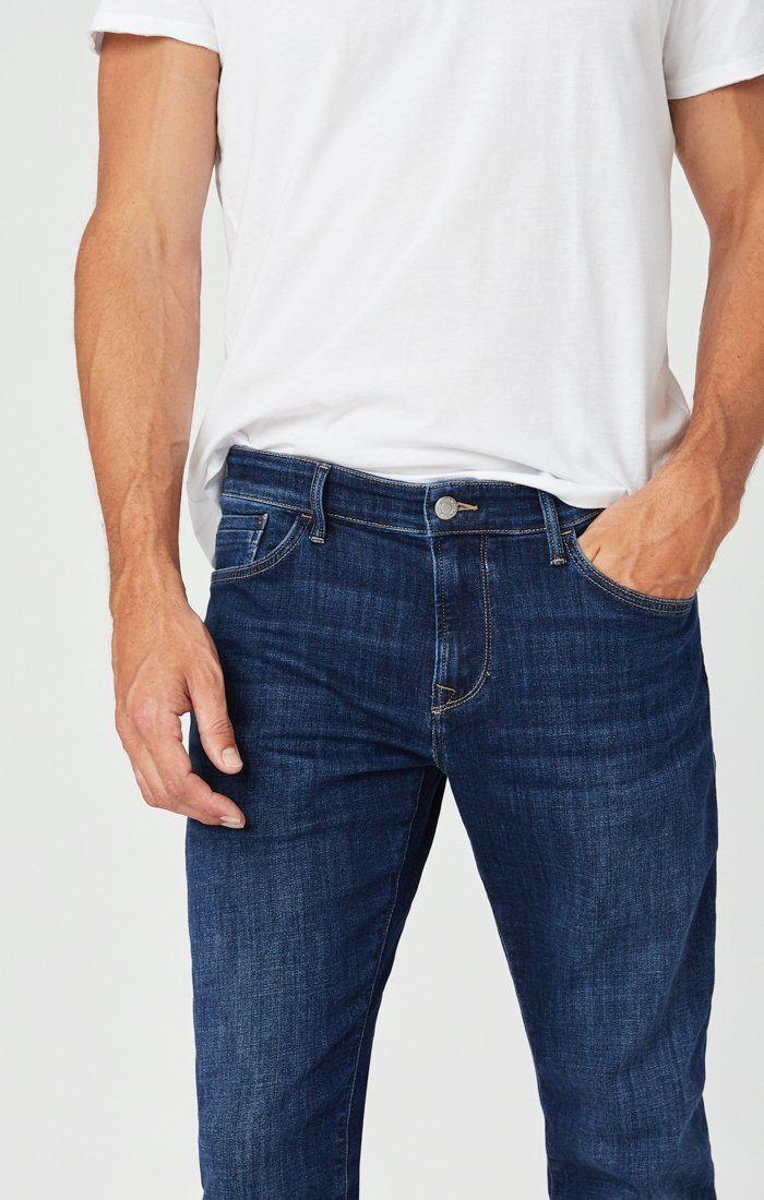 ZACH STRAIGHT LEG JEANS IN DARK FEATHER BLUE Image 7