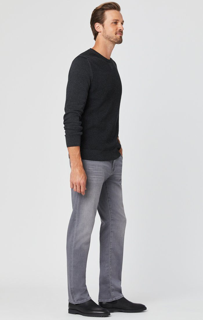 ZACH STRAIGHT LEG JEANS IN MID GREY ATHLETIC Image 7